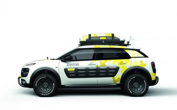 Im  Citroën C4 Cactus steckt viel moderne Leichtbautechnologie. Darunter ein Seitenaufprallschutz aus verschiedenen Kunststoffkomponenten, der vor Beschädigungen schützt. (Bildquelle: PSA Peugeot Citroen)