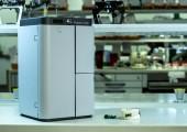 3D-Drucker mit Stereolithografieverfahren für serienreife Komponenten