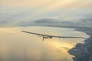 Countdown für Weltumrundung von Solar-Flugzeug