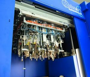 Konverter wandeln die Hochfrequenzströme der Generatoren in mechanische Schwingungen um. Die Sonotroden übertragen sie auf das Werkstück. (Bildquelle: Bohnert)