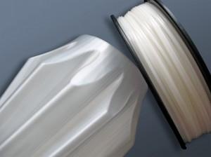 Gedruckte Objekte kommen mit einer optisch sehr glatten Oberfläche direkt aus dem 3D-Drucker. (Bildquelle: German Reprap)
