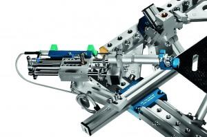 Mit Robotergreifern zur Leichtbau-Serienfertigung
