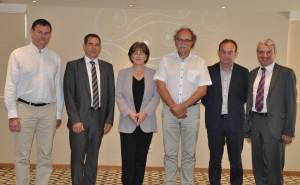 Der neue Vorstand des EMVA (v.l.): Dr. Jean Caron; Dr. Kai-Udo Modrich; Gabriele Jansen; Jochem Herrmann; Michel Ollivier, Toni Ventura-Traveset. (Bildquelle: EMVA)