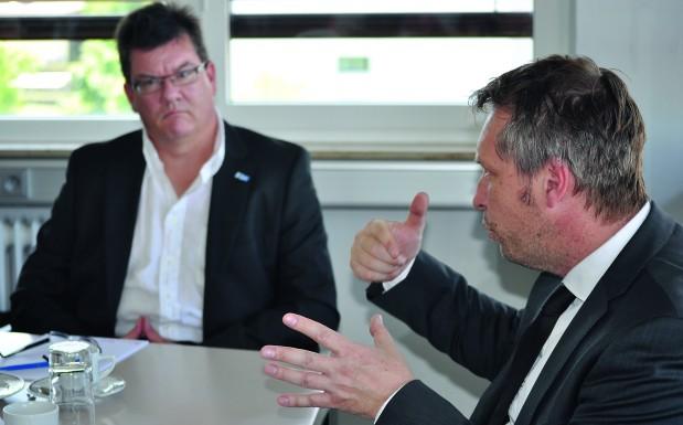 Dr. Anselm Blocher, DFKI, und Volker Banholzer, TH Nürnberg (Bildquelle: Christine Koblmiller/Redaktion Plastverarbeiter)