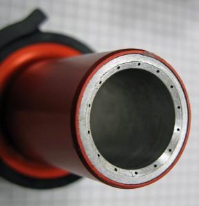 Spritzgießwerkzeuge: Grafit- und Stahlteile auf einer Maschine fräsen