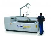 Fakuma 2015: Automatisierte CO2-Lasercutter für Kunststoffe