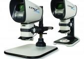 Mit ergonomischen Einblick in den Mikroskop-Kopf