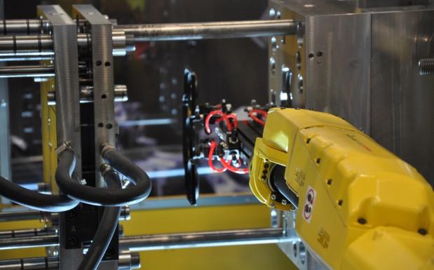 Automation für mehr Produktionseffizienz nutzt die Öffnung der Werkzeuge