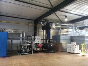 Anlage für die Produktion von Recycling-Platten (Bildquelle: Weinreich)