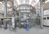 Hotfill-Anlage für 48.000 Flaschen pro Stunde