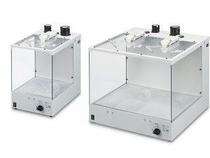 Die Reinigungsboxen entstauben Werkstücke und verringern statische Elektrizität. (Bildquelle: SMC Pneumatik)