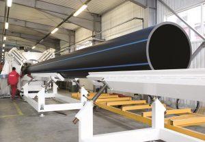 Großrohr mit 1,2m Durchmesser und Farbstreifen (Bildquelle: Tehno World)