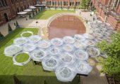 K 2016: Polycarbonatplatten schützen Kunstinstallation