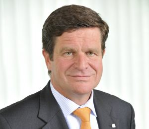 """Kunststoff gehört ins Recycling"", erklärt CSO Ulrich Reifenhäuser. (Bildquelle: Reifenhäuser)"