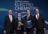 Wissenschaftspreis für Elektrochemie geht an Batterieforscher