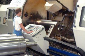 Krauss Maffei übernimmt IBS Plamag Maschinenbau