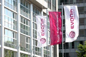 Evonik übernimmt Spezialadditiv-Geschäft von Air Products definitiv