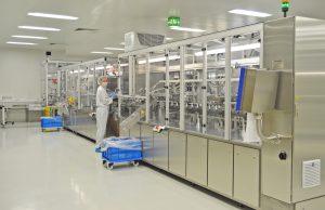 Riegler produziert in acht voneinander getrennten Reinräumen der ISO-Klasse 7 nach DIN ISO 14644, aber auch in sogenannten Sauberräumen. (Bildquelle: Riegler)