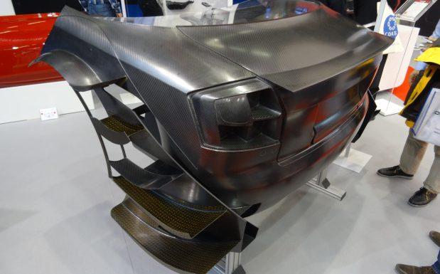 Das Heck eines DTM A4 besteht vollständig aus Kohlefaserverstärktem Kunststoff. (Bildquelle: David Löh/Redaktion Plastverarbeiter)