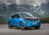 Der Kunststoff-Leichtbau gewinnt weiter an Bedeutung, die Zahl der Anwendungen steigt.   (Bildquelle: BMW)