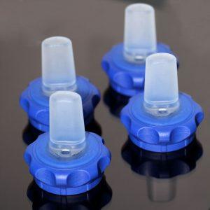 Trinkverschluss aus Thermoplast und LSR (Bildquelle: Wittmann-Battenfeld)