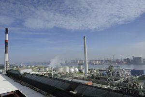 Der Kunststoffhersteller Lanxess baut seinen Produktionskomplex für Polyamide und Kunststoff-Vorprodukte in Lillo bei Antwerpen aus. Mit Investitionen von rund 25 Mio. EUR im Jahr 2017 will das Unternehmen vor allem die Produktionseffizienz erhöhen. (Bildquelle: Lanxess)