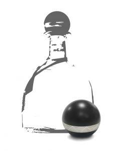 Dekorative Verschlusskappe für Spirituosen: Spritzgegossen aus mit Fe2O3-gefülltem PP und teilweise metallisiert (Bildquelle: HRSflow).