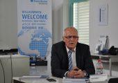 """""""2016 war ein hervorragend gutes Jahr"""", sagt Gerd Liebig, CEO von Sumitomo (SHI) Demag, Schwaig, auf der Pressekonferenz im Vorfeld der Hausmesse am Standort Wiehe.(Bildquelle: David Löh/Redaktion Plastverarbeiter)"""