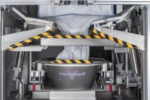 Die in die Entleerstation integrierte Walkvorrichtung sorgt für einen vollständigen Produktaustrag. (Bildquelle: Engelsmann)