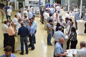 Rund 250 Gäste kamen zur 16. Hausmesse von Illig, Heilbronn. Dort geht es um alles, was mit Thermoformen zu tun hat. (Bildquelle: Illig)