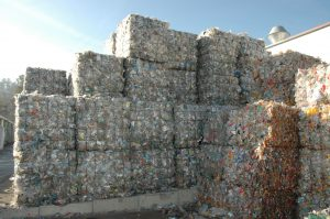 PET wird bereits in großen Mengen sortenrein gesammelt. (Bildquelle: bvse)