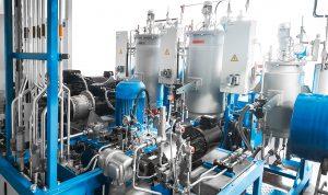 Mit dieser Dosiermaschine werden Kleinstmengen an Treibgas reproduzierbar zudosiert  (Bildquelle: Uniror)
