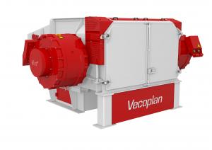 Der Ein-Wellen-Zerkleinerer der Baureihe VAZ 2000 hat einen sehr langsam drehenden Rotor, wodurch der Zerkleinerungsprozess deutlich staubärmer ist als bei klassischen Zerkleinerungsmaschinen, wie Hammermühlen. (Bildquelle: Vecoplan)