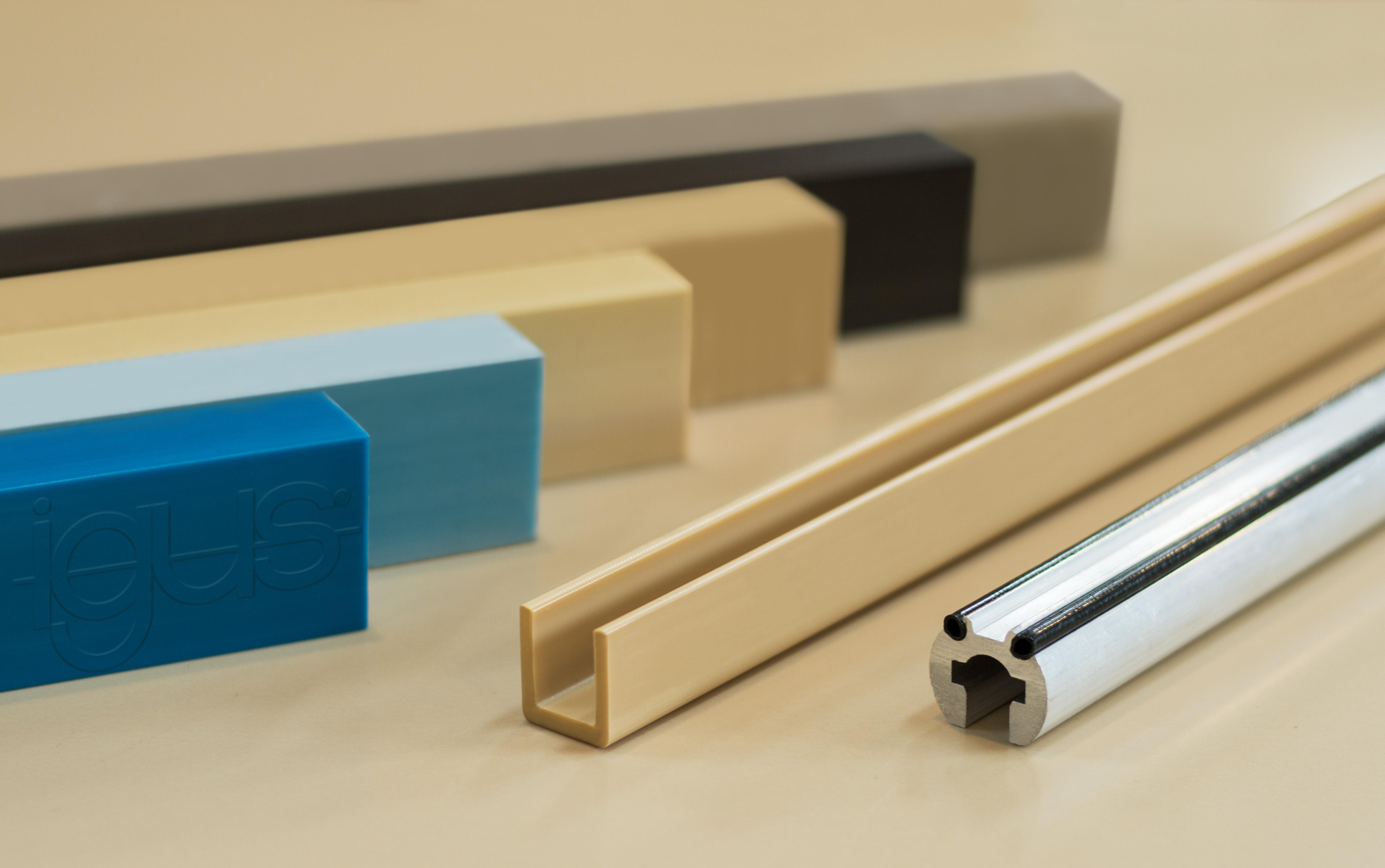 fakuma 2017 neue industrieprofile aus kunststoff. Black Bedroom Furniture Sets. Home Design Ideas