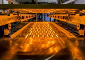 Die Infrarot-Systeme sparen Energie und Zeit bei der Fertigung von Auto-Innenverkleidunge. (Bildquelle: 3CON 2017)