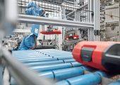 Um den eigenen Qualitäts- und Effizienzansprüchen von Produkten und Prozessen gerecht zu werden, wollte der Kunststoffverarbeiter Plaston, Widnau, Schweiz, sein Berichtswesen verbessern. (Bildquelle: Plaston)