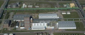 Am Chemie-Standort Leuna in Sachsen-Anhalt stellt BASF Leuna technische Kunststoffe her, unter anderem für die Weiterverarbeitung im Fahrzeug-, Maschinen- und Apparatebau. (Bildquelle: Keller Lufttechnik)