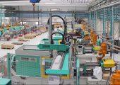 Die installierte zentrale Materialförderanlage versorgt 35 Spritzgießmaschinen wo Teile für Branchen wie Automotive, Konsumgüter und Verpackungen gefertigt werden. (Bildquelle: alle AFK)