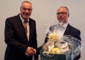Joachim Kempe (l.), Philippine, wurde Ende September zum Vorsitzenden des Arbeitskreises EPP der IK Industrievereinigung Kunststoffverpackungen gewählt. Er löst damit den Vorsitzenden Thomas Heinlein von ISL Schaumstoff-Technik ab. (Bildquelle: Industrievereinigung Kunststoffverpackungen)