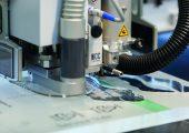 Die Lasersysteme schneiden problemlos Acryl mit einer Stärke von bis zu 30 mm (Bildquelle: Eurolaser)