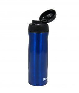 Trinkflasche aus Copolyester mit Flip Top, einschließlich Dichtung aus lebensmittelkonformem Thermoplast (Bildquelle: Kraiburg)