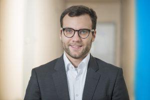 Philipp Zimmermann, Leiter der Business Unit Composites/Surfaces der KraussMaffei Reaktionstechnik. (Bildquelle: Krauss Maffei)