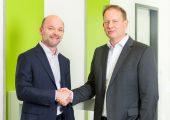 Marc Setzen (rechts im Bild)  ist CEO-Nachfolger von Xaver Auer, nachdem dieser Sesotec auf eigenen Wunsch verlässt. (Bildquelle: Sesotec)