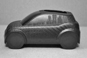 Der im Schaumspritzgieß-Prozess hergestellte Demonstrator hat hochwertige Oberflächen durch 3D-Wechseltemperierung des Werkzeugs.