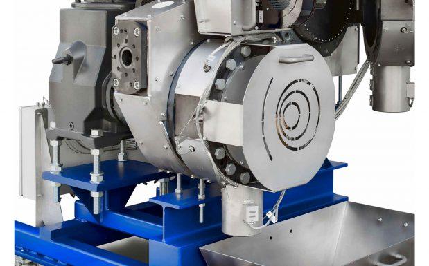 Platz 1: Die modulare Continuous-Disc-Filter-Schmelzefilter-Baureihe von MAS, Pucking, Österreich, hat große Filterflächen. Die kleinste Baugröße CDF 300 arbeitet mit einer 300-mm-Scheibe mit 792 cm² Filterfläche und ist für einen Schmelzedurchsatz zwischen 300 und 700 kg/h geeignet. Alle weiteren Baugrößen arbeiten mit einer 510-mm-Filterscheibe. (Bildquelle: MAS)