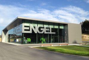 Im Jahr 2013 gründete der Spritzgießmaschinen-Hersteller Engel seine Niederlassung in Wurmberg. Mittlerweile, im Jahr 2018, beschäftigt es 50 Mitarbeiter. (Bildquelle: Engel)