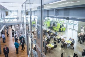 Zu den Veranstaltungen im Technologieforum Stuttgart kamen im Jahr 2017 insgesamt über 900 Besucher. (Bildquelle: Engel)