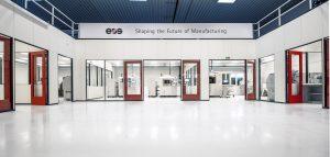 Das Innovationszentrum verfügt über rund 1.000 m² Nutzfläche. Darin befindet sich eine Halle mit EOS-Geräten für den industriellen 3D-Druck mit Polymer- und Metallwerkstoffen. (Bildquelle: Eos)