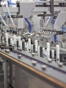 Automatisierte Montage von Injektionspens (Bildquelle: Ypsomed)