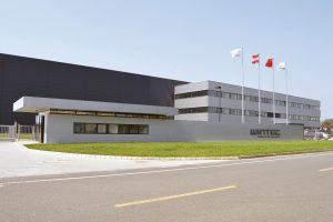 Wintec, das chinesische Tochterunternehmen von Engel, verkauft seine Spritzgießmaschinen ab Mai 2018 zusätzlich in den USA, Kanada, Mexiko und Brasilien. Auf der Kunststoffmesse NPE in Orlando, USA, feiert das Unternehmen sein Debüt in der Neuen Welt. (Bildquelle: Wintec)